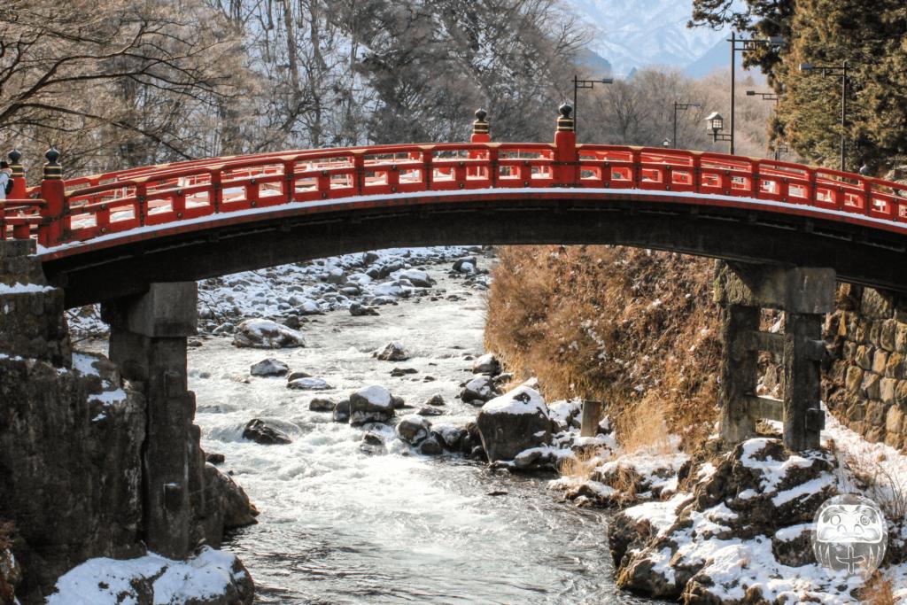 Die Shinkyo über dem Daiya Fluss im Winter